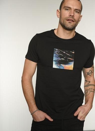 People By Fabrika Pfeaw21Ts0027 Bisiklet Yaka Baskılı Tshirt Siyah